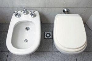 Биде в туалете