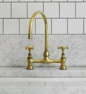 Латуневый смеситель для ванной