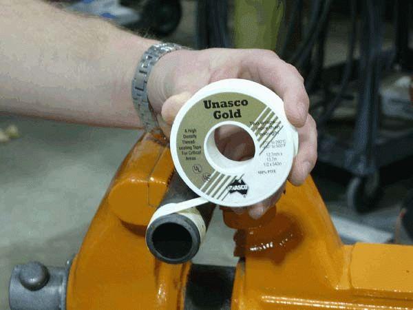 Насадка на дрель для герметизации швов
