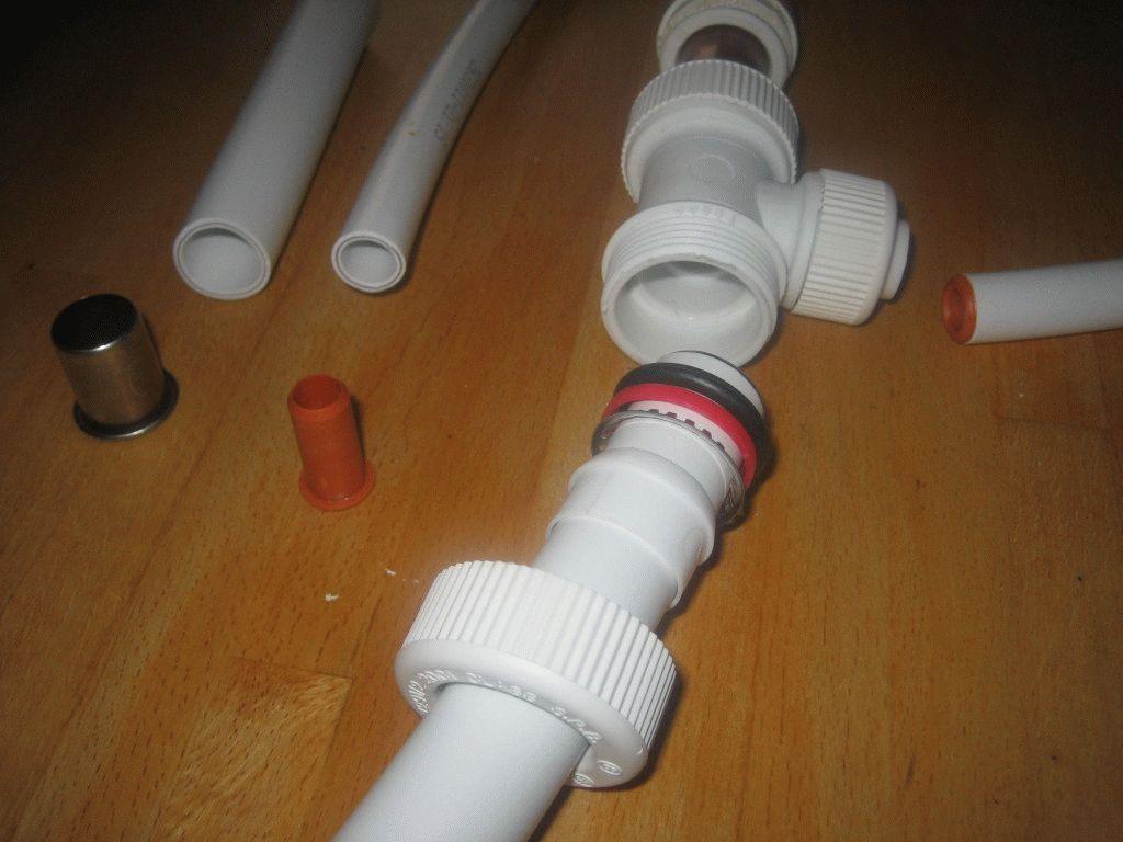 Пластиковые фитинги для полиэтиленовых труб