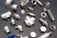Резьбовые фитинги из нержавеющей стали: свойства, использование и преимущества