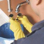 Как почистить сифон под раковиной, или эффективное устранение засора