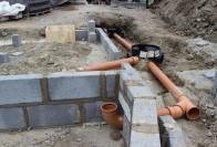 Руководство по укладке канализационных труб в землю своими руками