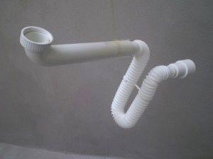 Сифон под ванную
