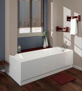 Акриловая ванна в комнате