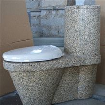 Стильный каменный унитаз