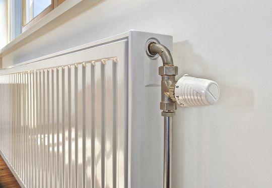 Монтаж радиатора отполения