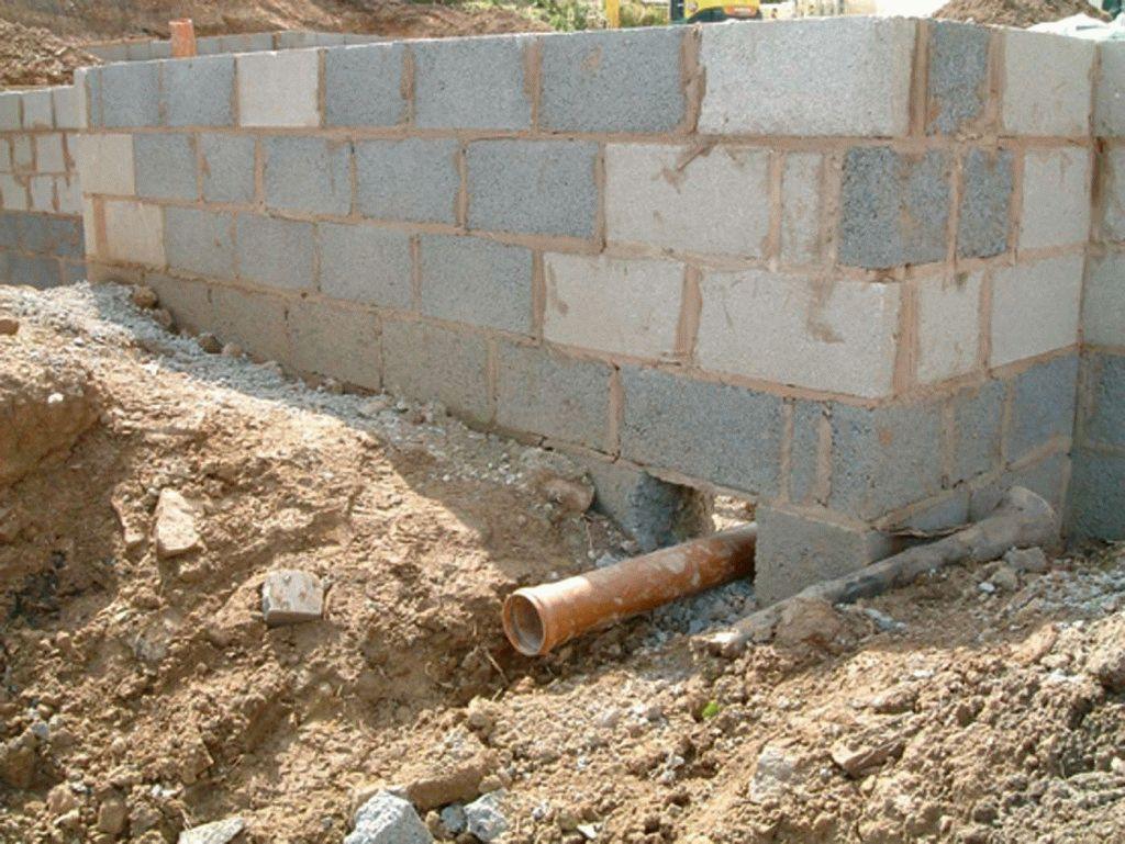 Прокладка канализации при строительстве дома