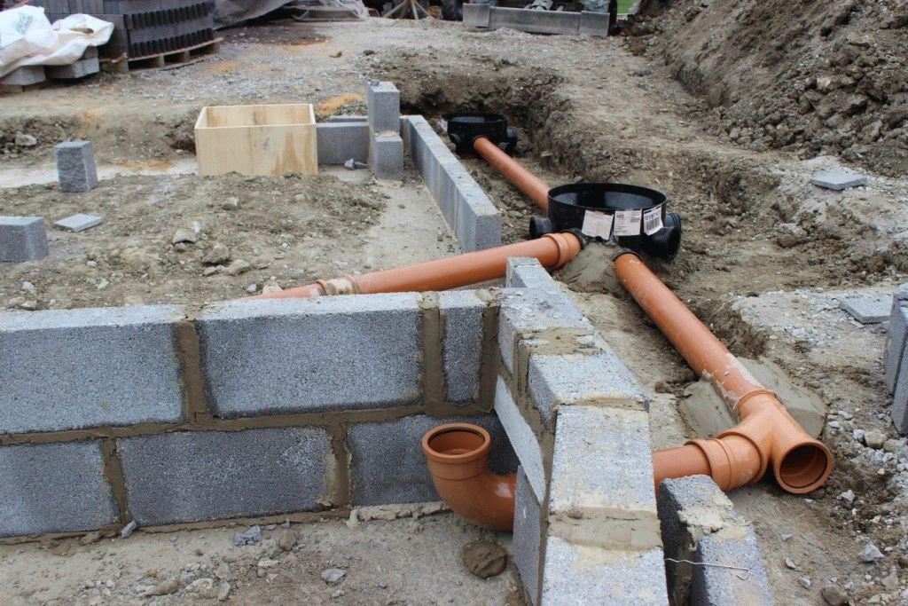 Монтаж канализации в землю