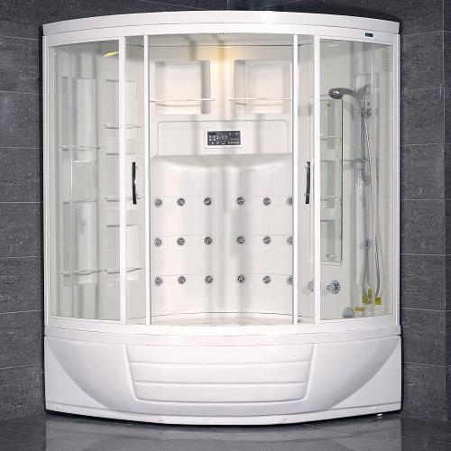 Вместительная кабина для большой ванной