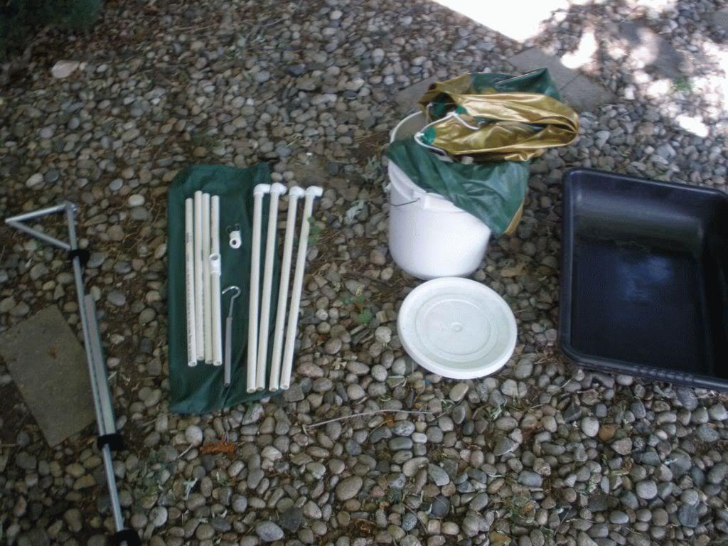 Пластиковые трубки для поддона